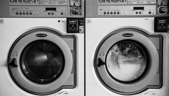 5 motivi per non lavare le sneakers in lavatrice
