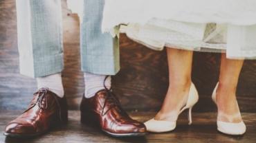 Scarpe che cigolano